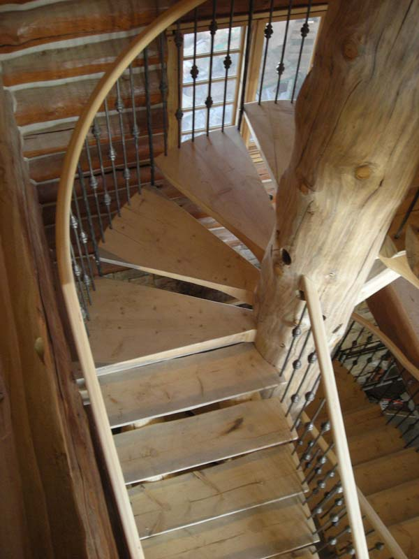 Straight-Run Stairs